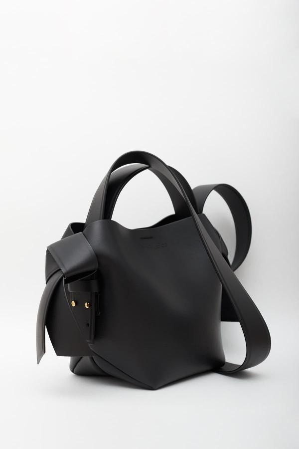 Shop Comme Des Garcons Black SA2100HL Wallet