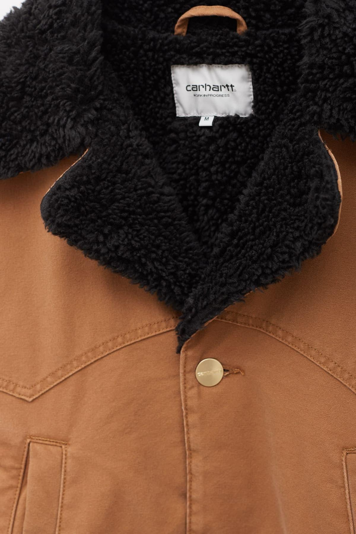 RASSVET Black Logo Hoodie PACC8T026