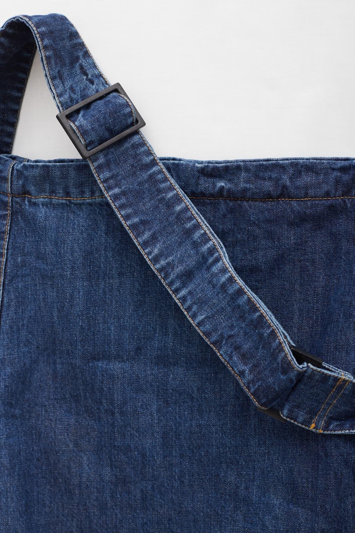Comprar Casablanca Monogram Gold Cross Body Bag