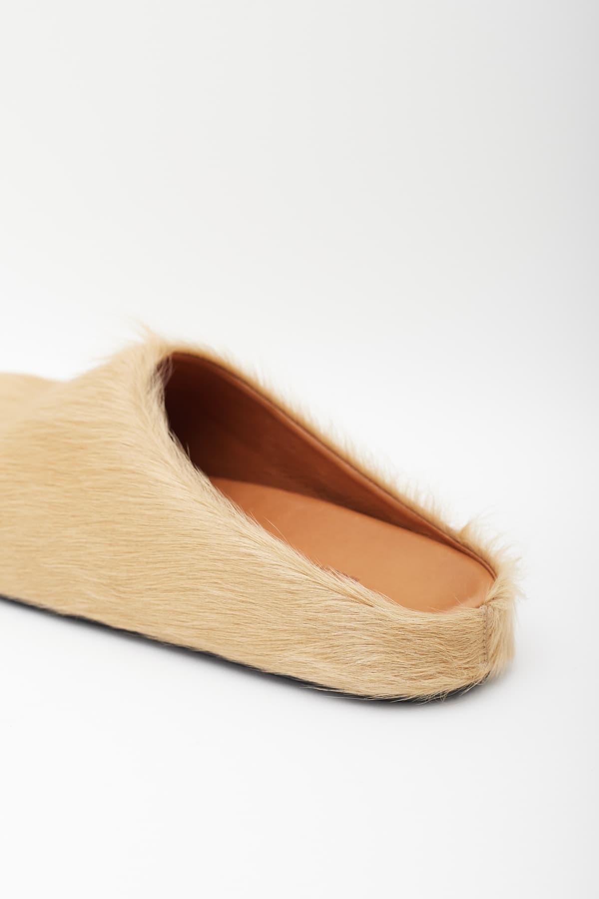 Comprar Marni Off White Blue Shearling Crossbody Pouch